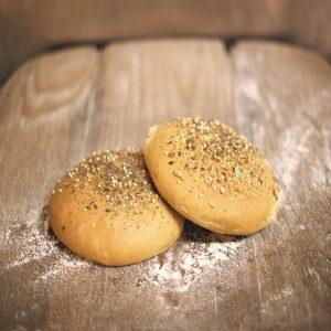 Panecillos de hamburguesa de harina de trigo ecológica y semillas
